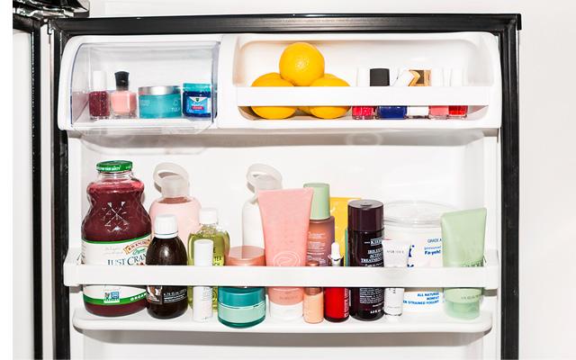 Por qué no deberías seguir guardando los cosméticos en el baño