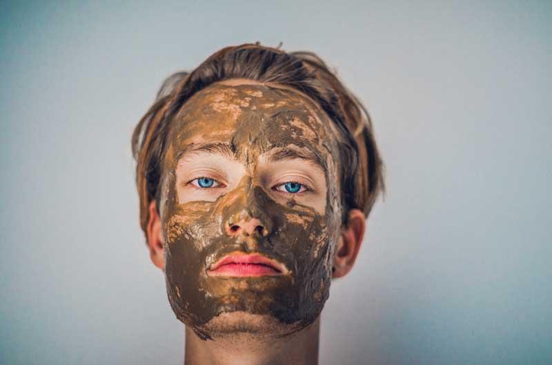 Cómo aplicar mascarillas faciales