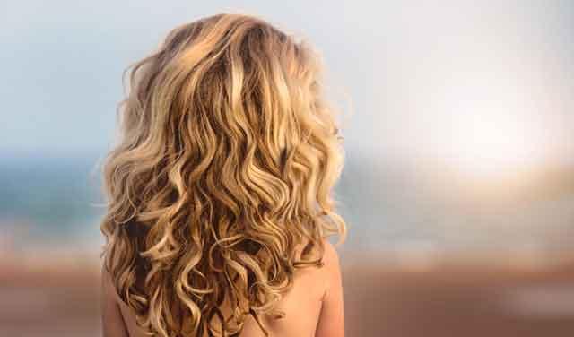 cabello rubio bonito