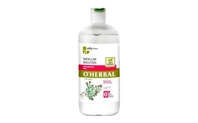 Agua micelar hidrata, suaviza y calma